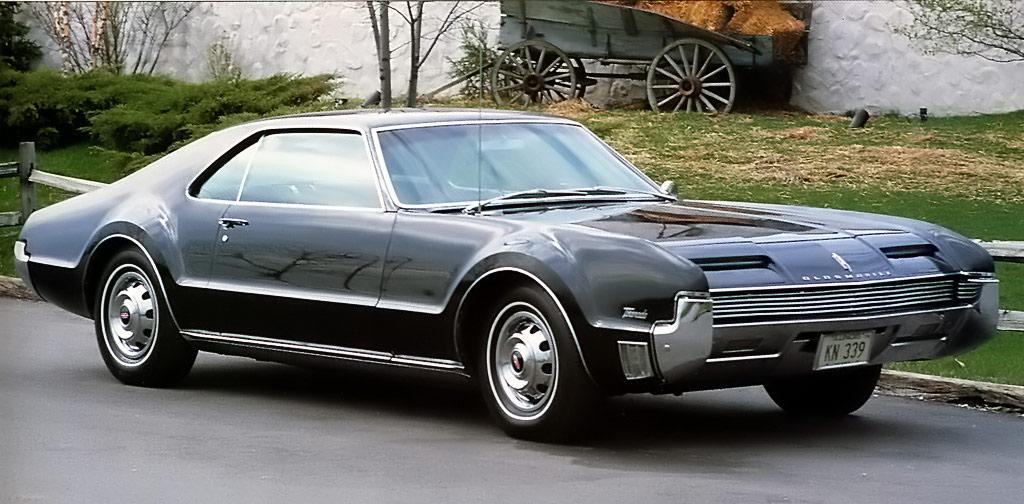 1966 Oldsmobile Toronado Classic Car Pictures