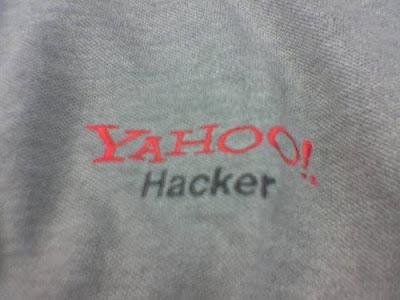 http://1.bp.blogspot.com/_NRQPU_Cf_Tw/SZVxPEDN57I/AAAAAAAAAOs/zbNp1UmOgu4/s400/yahoo-hacked.jpg