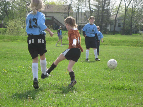 [Zoe+soccer+4-+2009]