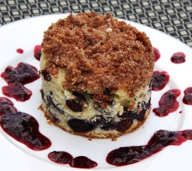 Cooking Dunkin Style: Blueberry Crumb Coffee Cake