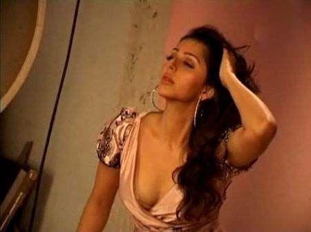 Hot Bhumika Chawla Pictures