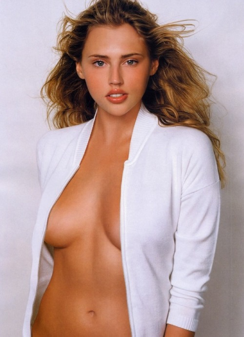 Estella Warren sexy gallery