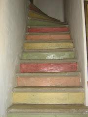 Monter l'escalier...Découverte de notre Gîte