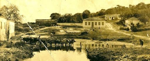 Acervo de Marco Antônio Veiga - Vista do Rio Vermelho - Cidade de Goiás - 1934