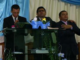 JOSE ANTÔNIO SE APRESENTA NA ASSEMBLÉIA DE DEUS MIN. BRAS.