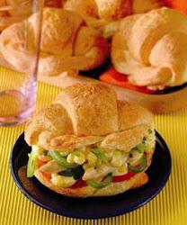 sandwich  de pollo con durasno
