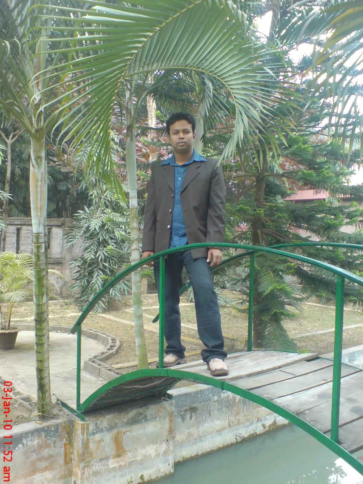 http://1.bp.blogspot.com/_NYwsYcoPB3M/TRSa83g0dcI/AAAAAAAAADI/pOCaR8PyDvA/s1600/DSC00459.jpg