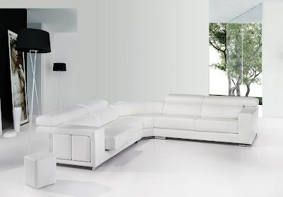 Sofa con chaislongue en piel blanco
