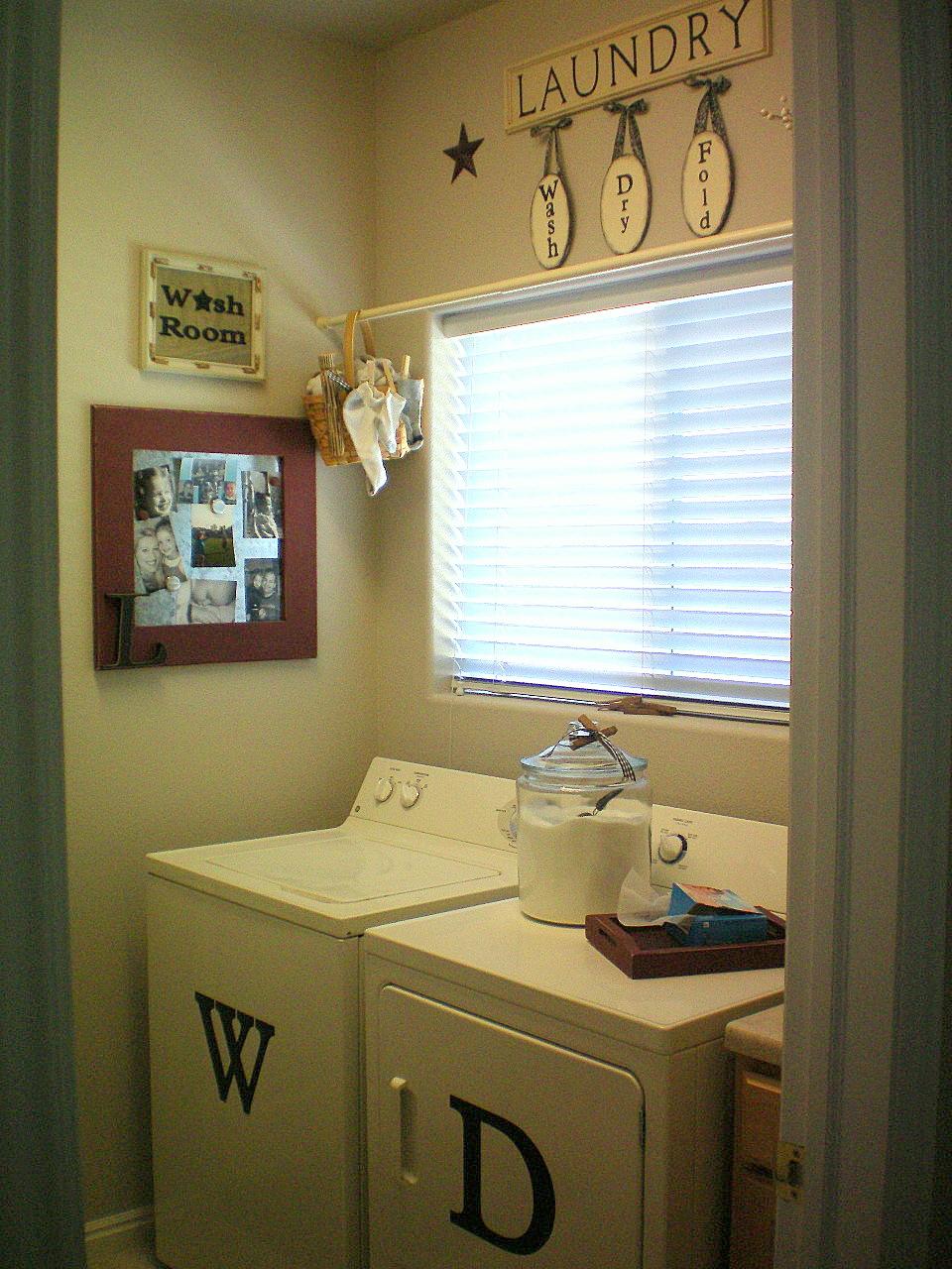 {The Laundry Room} - Craft-O-Maniac