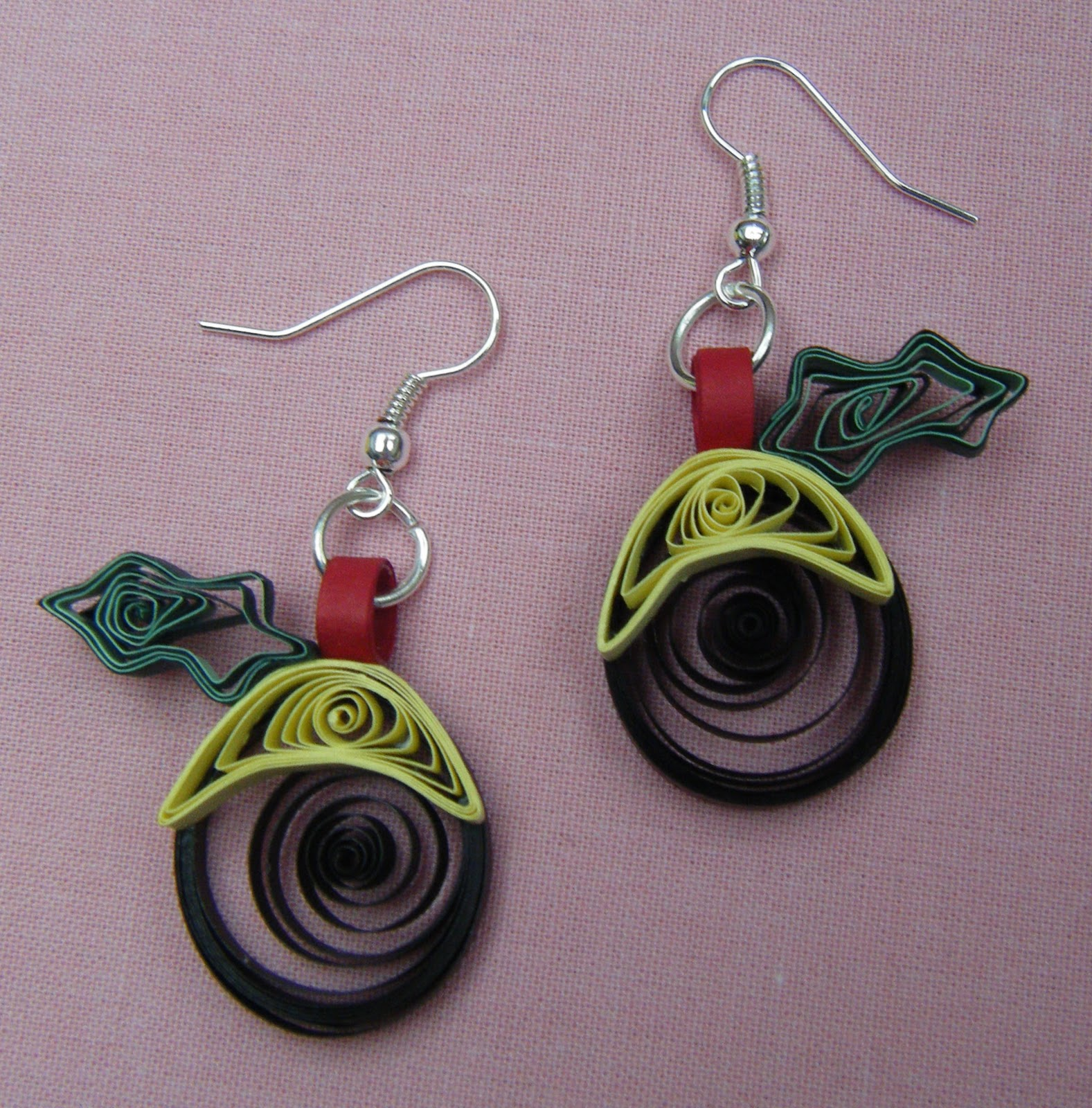 Quilling Papers Earrings: Quilliance: 'Tis The Season To Quill Earrings