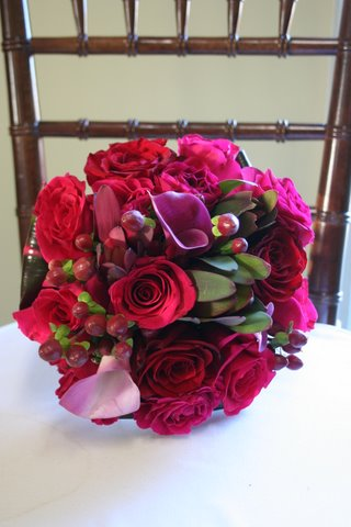 For the bride we created a handtied bouquet of Akito roses