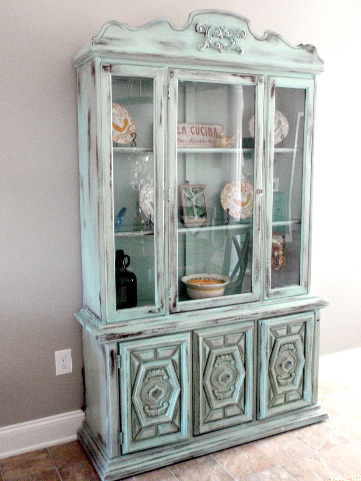 ten simple tips to painting furniture