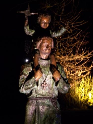 En moderne statue av Conleth i sognekirken St Conleth i Newbridge i grevskapet Kildare