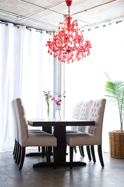 Daly Designs De Vine Dining