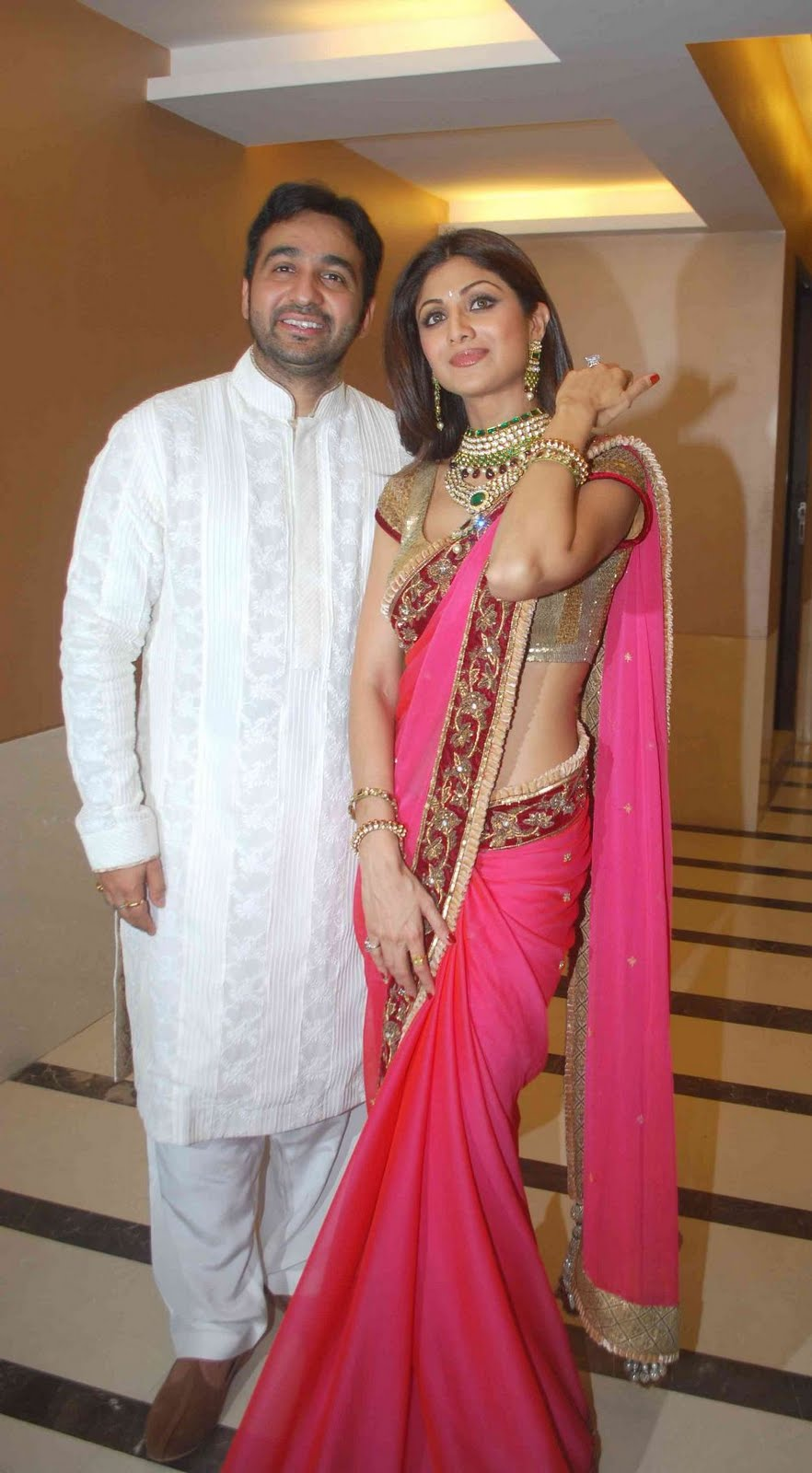 Together Shilpa Shetty Raj Kundra In Wedding Reception