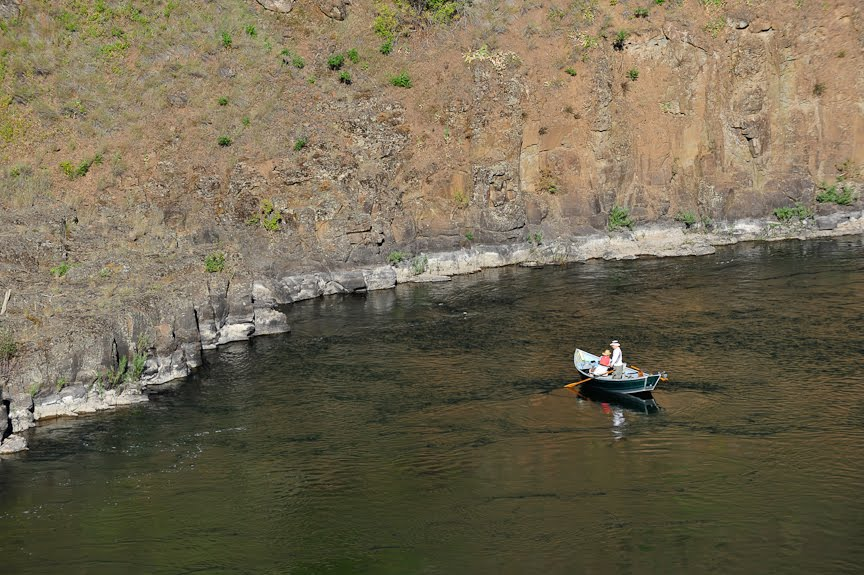 Tom 39 s view from ross lake resort grande ronde a for Grand river fishing