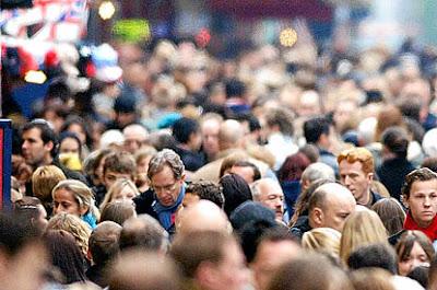 external image shopping+crowd.jpg