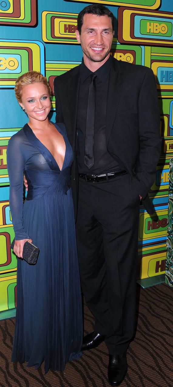 hayden panettiere boyfriend 2011. Hayden Panettiere Shows Off
