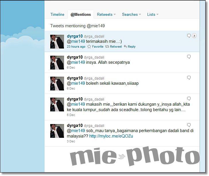 Twitter With Vokalis Dadali Band Mie