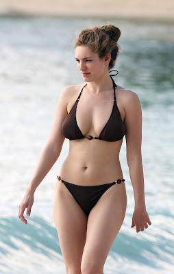 Kelly Brook in Bikini at Caribbean Beach