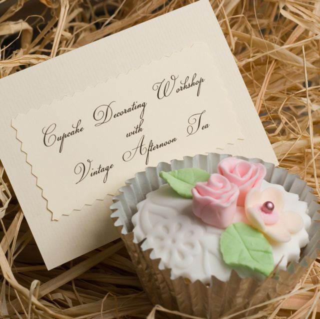 Cake Decorating Voucher : Vintage and Cake: Christmas gift ideas