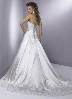 Trend 2011 luxury wedding dress
