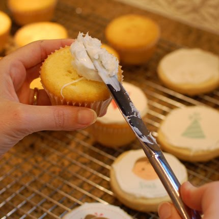 how to thin store bought frosting