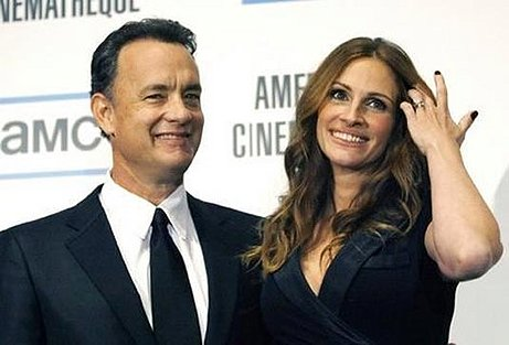 http://1.bp.blogspot.com/_NoLa-QwqBxA/S7XWqZzYzLI/AAAAAAAAAE4/P5l3mf8q2r4/s1600/Larry+Crowne+Movie+with+Tom+Hanks.jpg