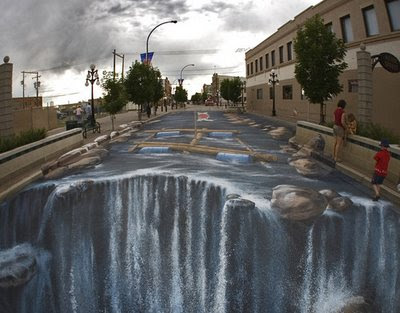 World's Largest 3D Street Painting (5) 4