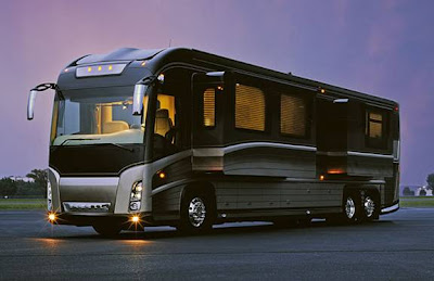 Luxury Buses: Travel In Comfort (30) 14