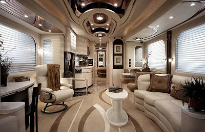 Luxury Buses: Travel In Comfort (30) 6