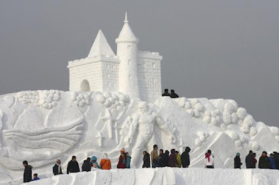 Most Creative Ice and Snow Sculptures 9