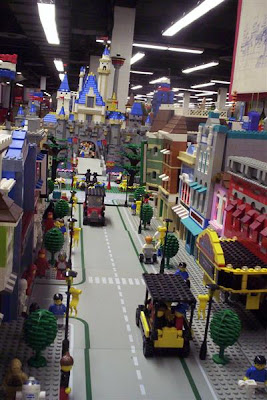 Lego Disney's Main Street (5) 3
