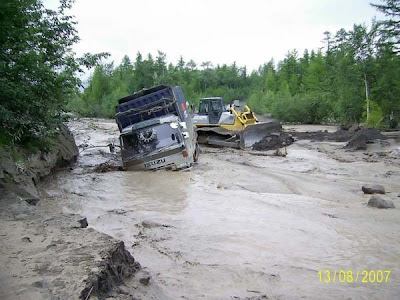 truck stuck in mud (5) 5
