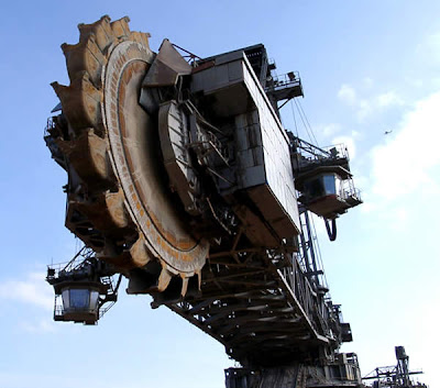 World's Largest Digging Machine (6) 5