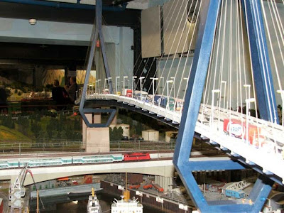 World's Biggest Railway Model (24) 11