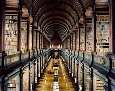 TRINITY+COLLEGE+LIBRARY+DUBLIN.jpg