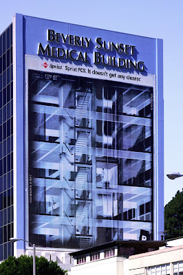 24 Clever and Creative Advertisements on Buildings (25) 13