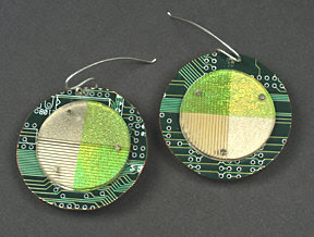 20 Creative and Cool Ways To Reuse Old Computer Parts (20) 10