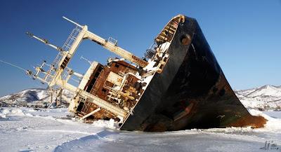 Frozen Ships (12) 1