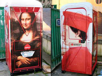 Portable toilet art