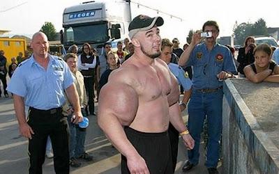 bodybuilders (12) 7