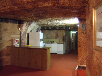 Under The Ground Town - Coober Pedy (17) 6