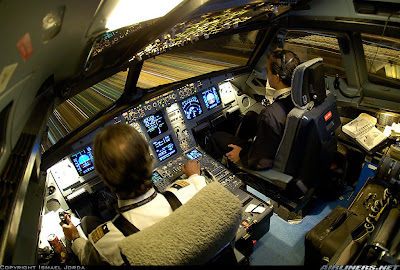 Amazing Cockpit Photos (24) 17