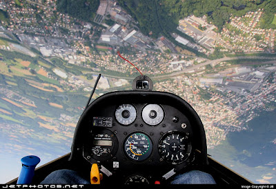 Amazing Cockpit Photos (24) 15