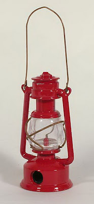Lantern pencil sharpener