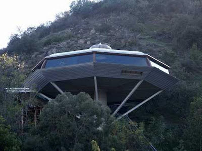 Saucer House