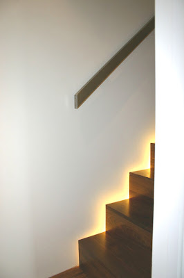 20 Creative and Modern Staircase Lighting Designs (20) 14