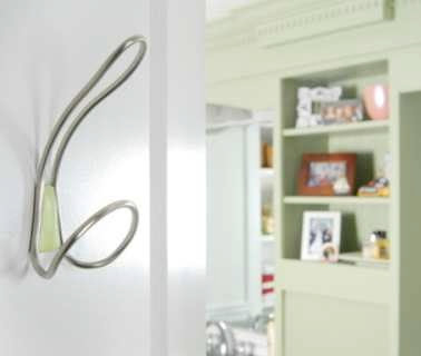 Hooks Transform Your Room (36) 26