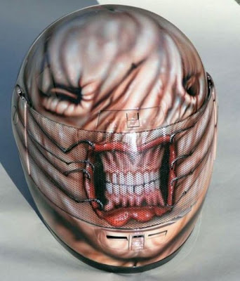 20 Cool and Creative Motorcycle Helmet Designs (20) 4